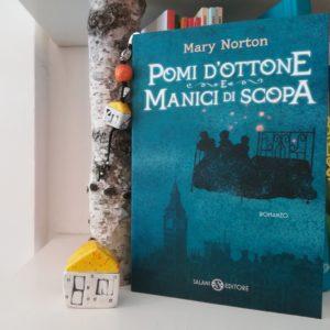 casetta book club pomi d'ottone